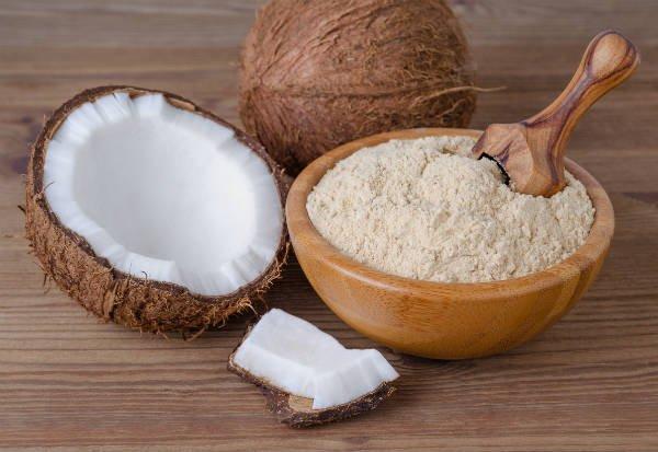 La harina de coco puede reemplazar a la harina de trigo, por ejemplo - Foto: Shutterstock