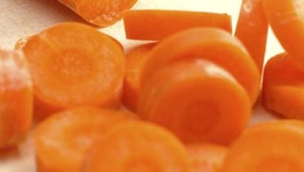 El betacaroteno contribuye a una piel sana y protege la vista.