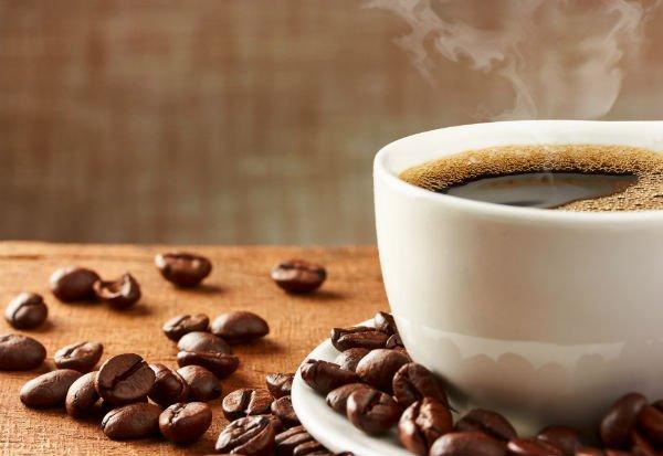 El café tiene una fuerte acción antioxidante y ayuda a perder peso - Créditos: Portumen / Shutterstock