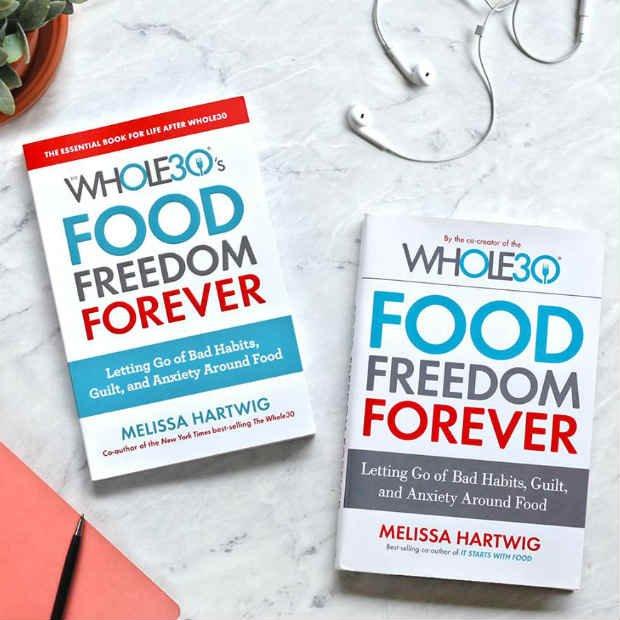 Los autores han publicado un libro que detalla la aplicación Whole Diet - Foto: Facebook / Whole30