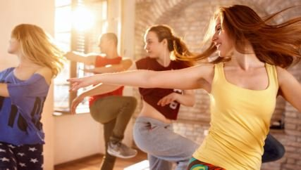 Zumba: conoce el baile que quema 1,000 calorías por clase